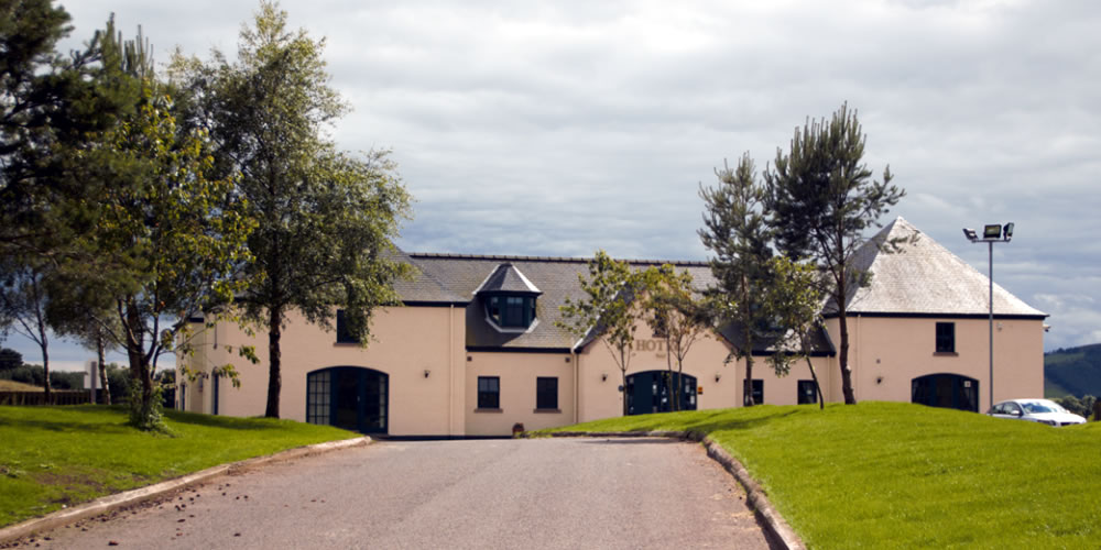 driveway entrance to the Drumoig Golf Hotel